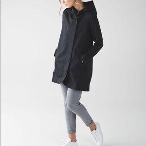 Black lululemon savasana rain jacket size 4